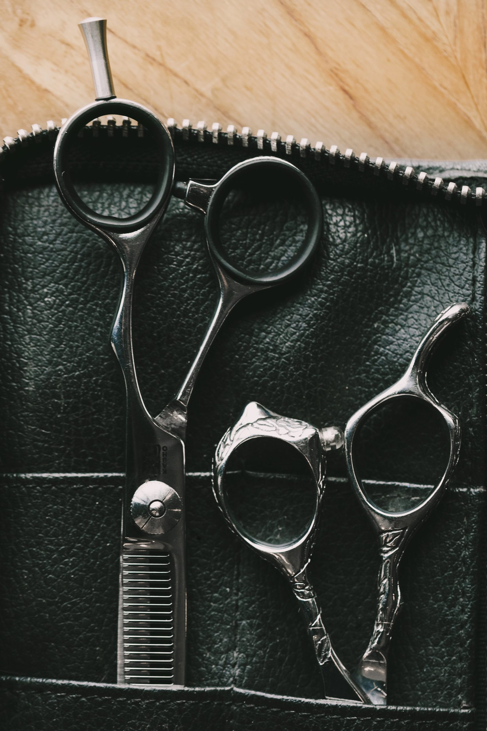 hair stylists tool case scaled